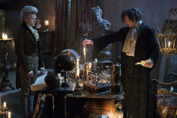 8349510-low_res-jonathan-strange-mr-norrell